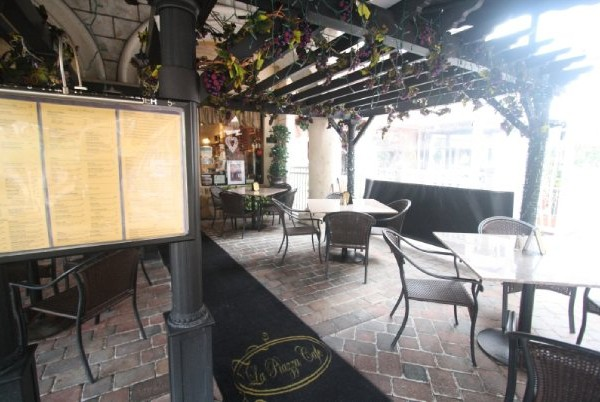 Closed for Renovations | La Piazza Cafe